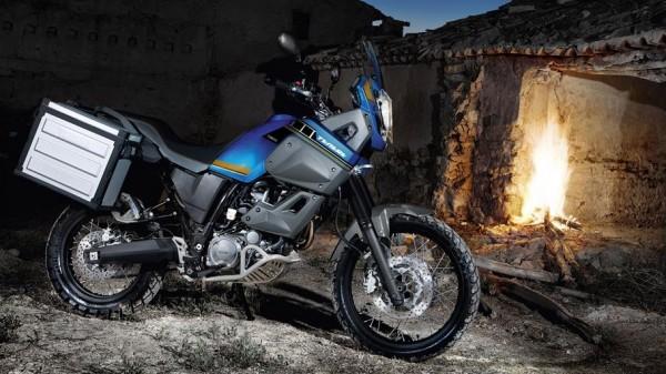 2014-Yamaha-XT660Z-Tenere-EU-Yamaha-Blue-Static-001