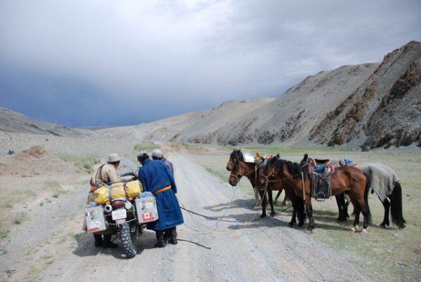 1-Mongolia_Horsepower