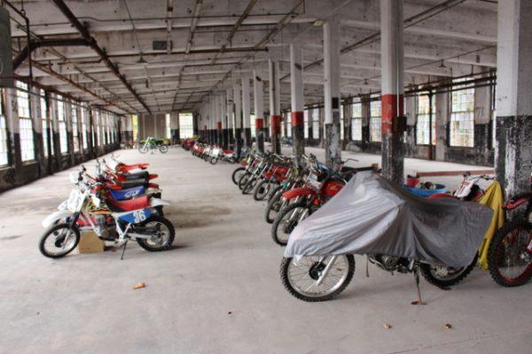 1-Bikes inside wide