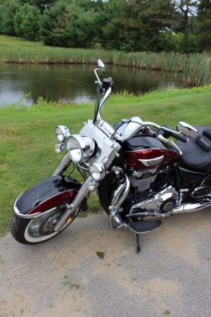 1-Triumph Thunderbird LT - front left no windsheld