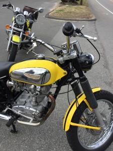 Ducati 450 Jupiter - right right