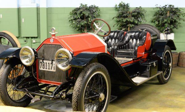 1916 Stutz