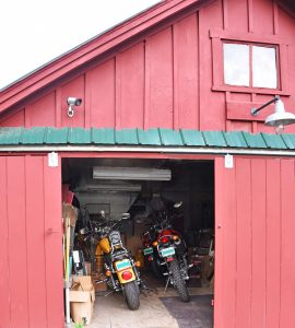 Garge with bikes