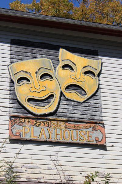playhoue-masks
