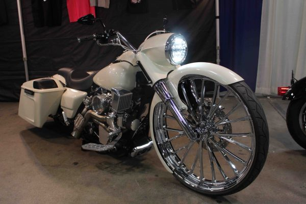Barnstorm Cycles customized 2005 Harley-Davidson Road King